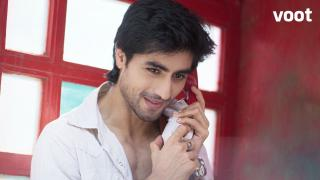 Aditya calls Arjun for help