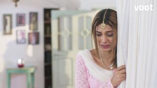 Zoya breaks down in tears!
