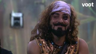Pritam chooses cash