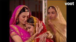 Will Sandhya be able to stop Anandi's wedding?